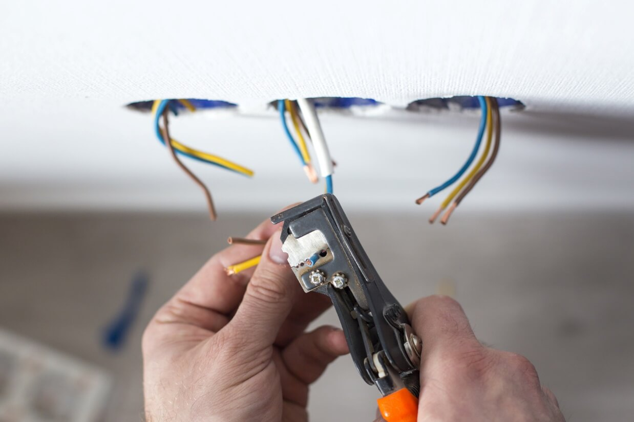 how to find a great electrician highland park